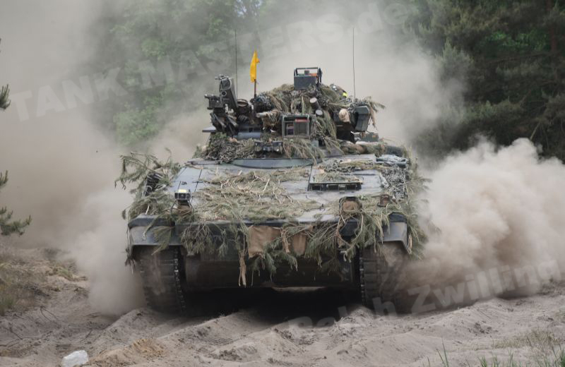 additionally Puma Ifv likewise  moreover 631 Germanys New Puma Infantry Fighting Vehicle likewise  on the puma infantry fighting vehicle ifv was handed over