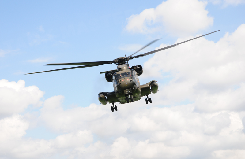 bw-helicopter-ch53-001