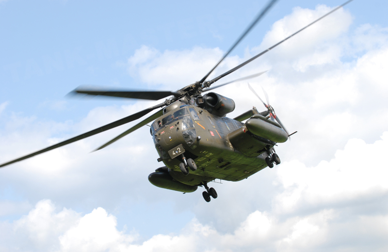 bw-helicopter-ch53-002