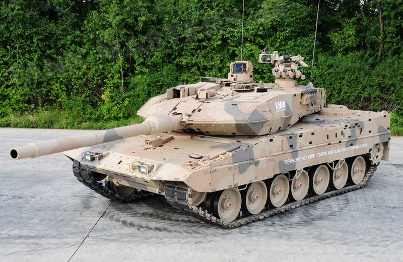 bw-tracked-leopard2a7+d-002