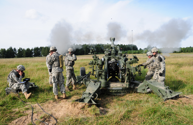 us-artillery-m777-002
