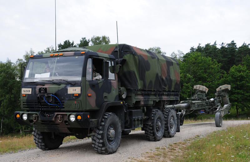 us-artillery-m777-004