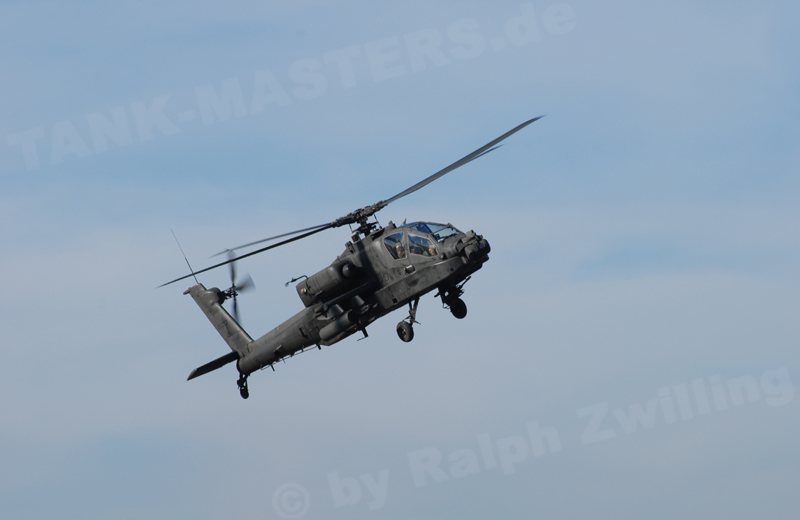 us-helicopters-ah64-001