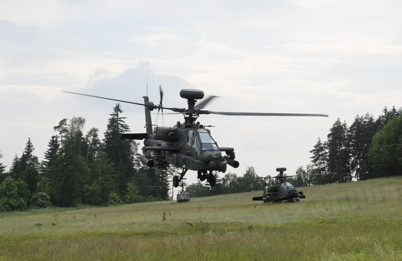 us-helicopters-ah64d-004
