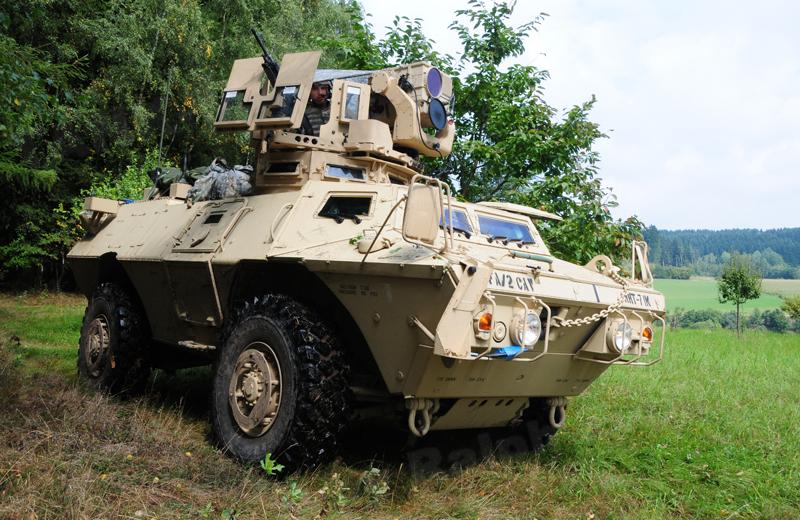 us-wheeled-armoredknight-003