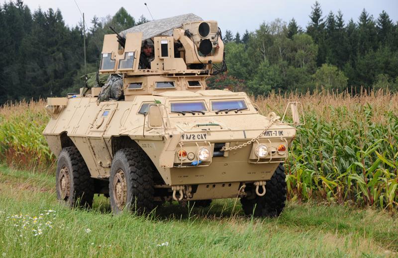 us-wheeled-armoredknight-004