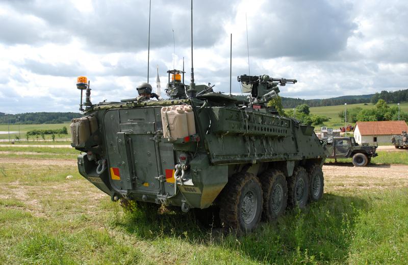 us-wheeled-strykercv-004