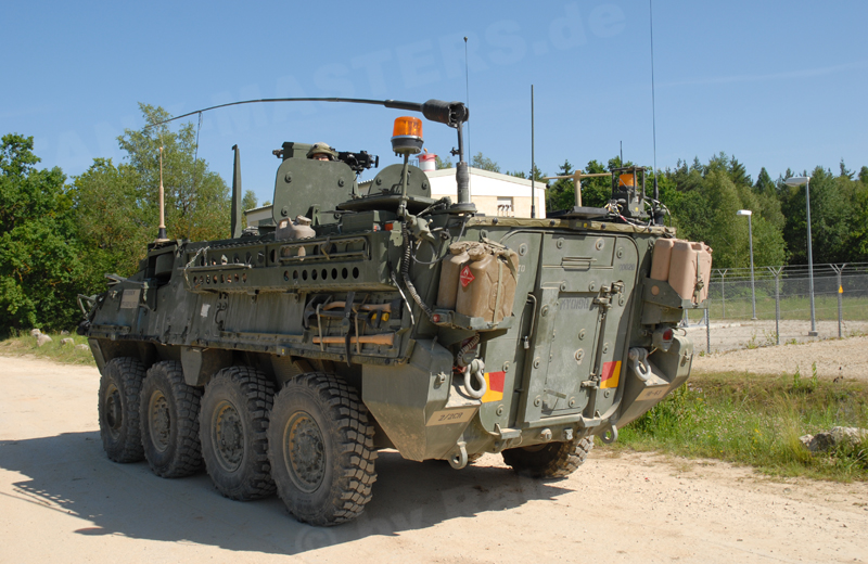 us-wheeled-strykertacp-003