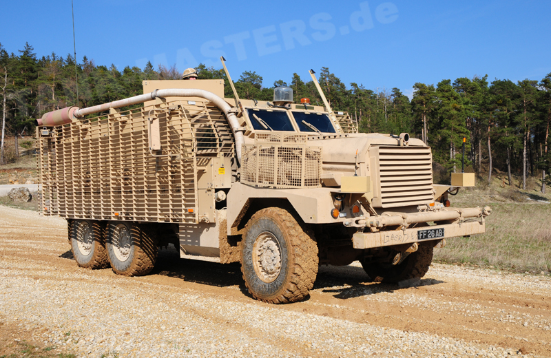 uk-wheeled-mastiff-001