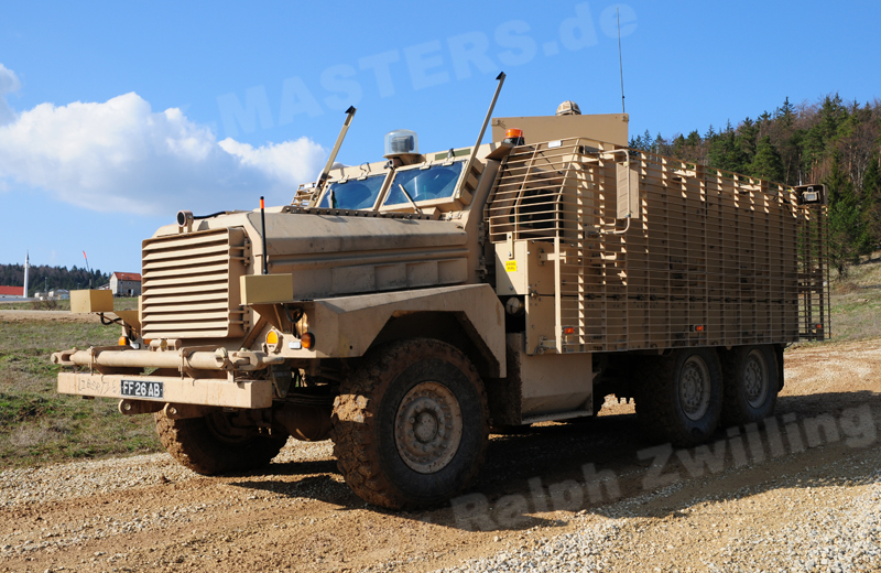 uk-wheeled-mastiff-002