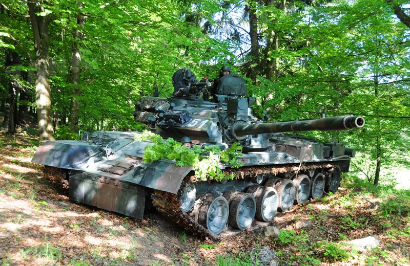 ro-tanks-tr85m1-003