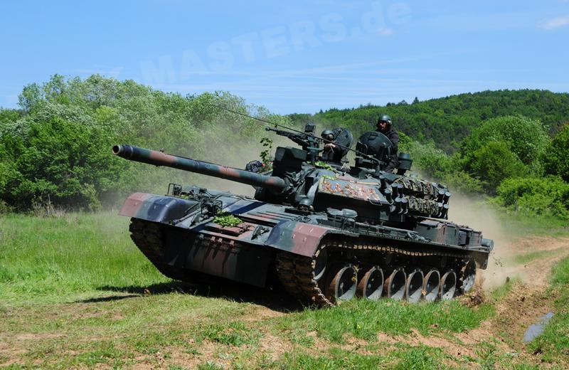 ro-tanks-tr85m1-004
