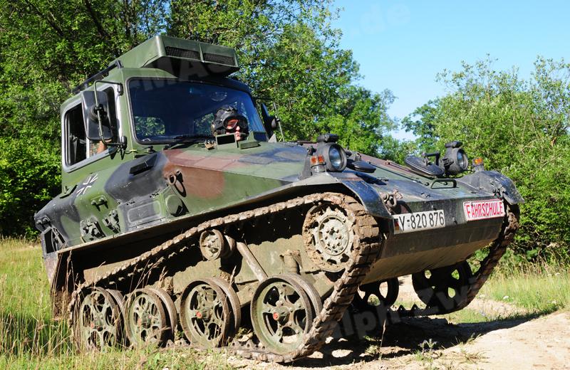 Fahrschulpanzer Wiesel 1 (1)