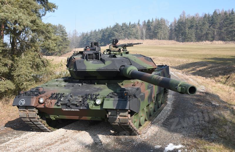 Leopard 2A6M+ (1)