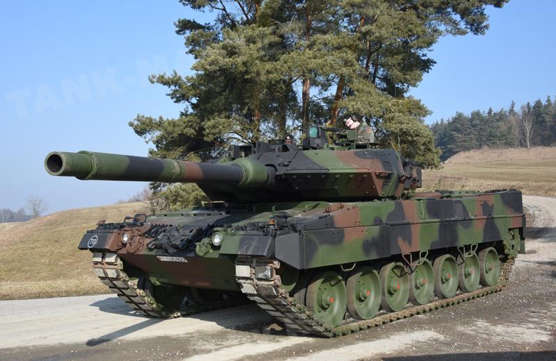 Leopard 2A6M+ (2)