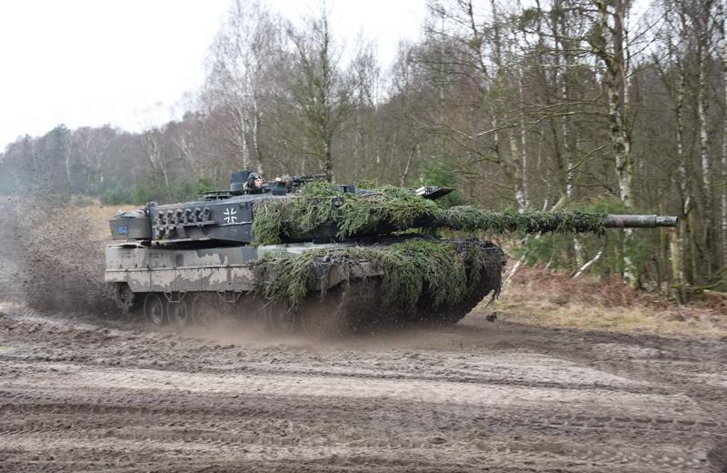 bw-tanks-Leopard2A6.004