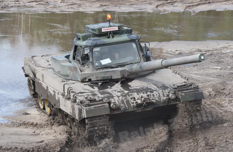 Leopard 2 FahrPz (1)