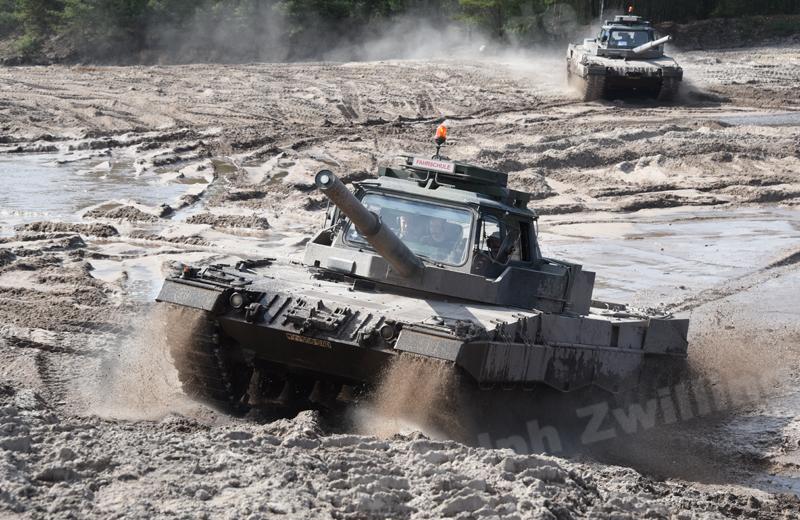 Leopard 2 FahrPz (2)