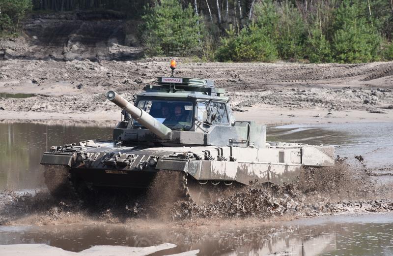 Leopard 2 FahrPz (3)