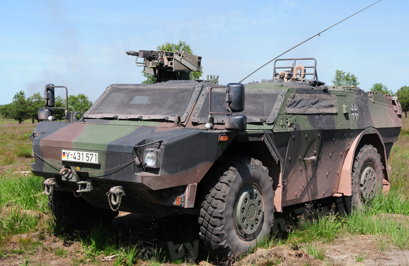 Fü-ErkdFzg Pi Fennek 1A1 (3)