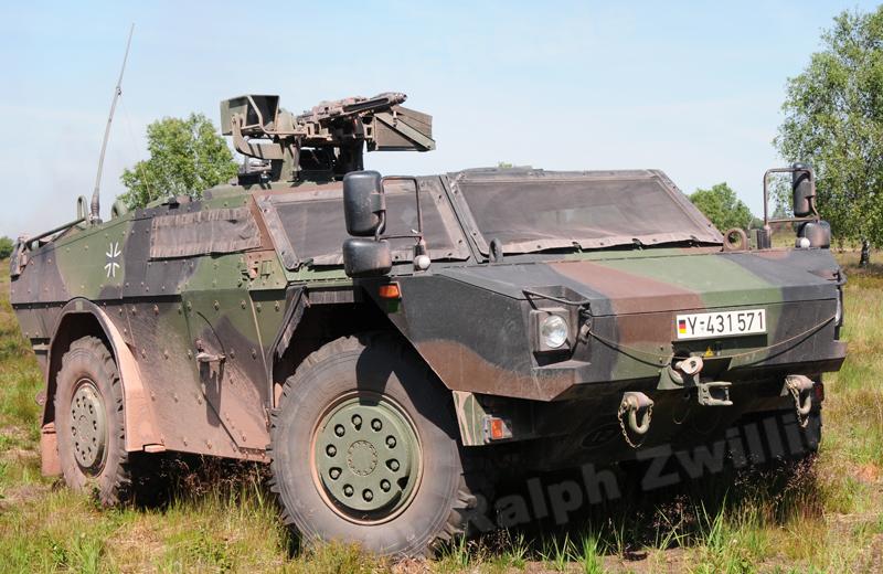 Fü-ErkdFzg Pi Fennek 1A1 (4)