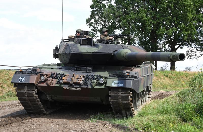 Leopard 2A6MA2 (1)